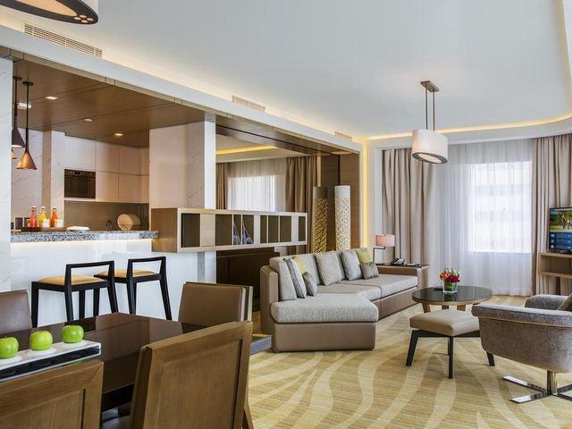 فندق تاورز روتانا في دبي