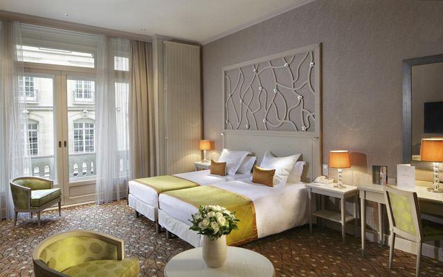 افضل فنادق الشانزليزيه باريس
