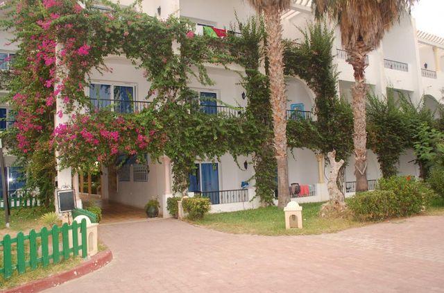 فندق نسرين الحمامات بتونس