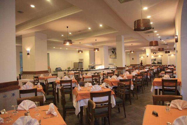 مطاعم فندق المنارة الحمامات تونس