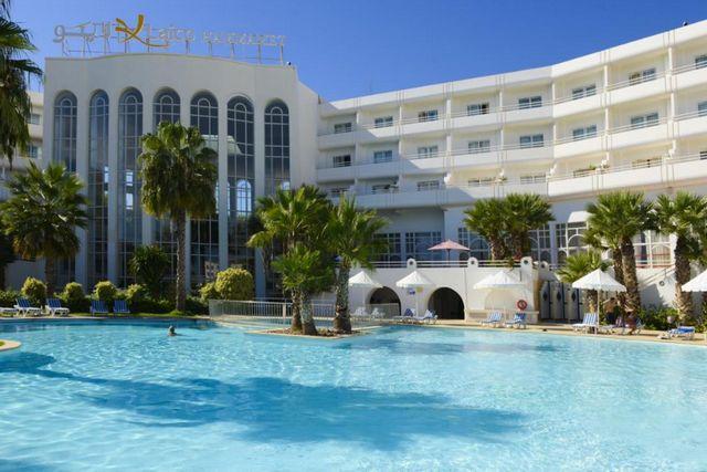 موقع فندق لايكو الحمامات