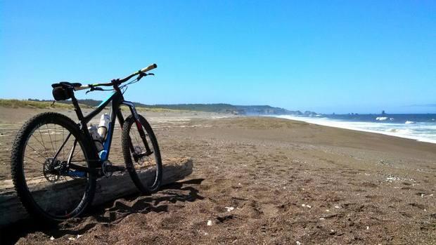 شاطئ الحسيمة المغرب