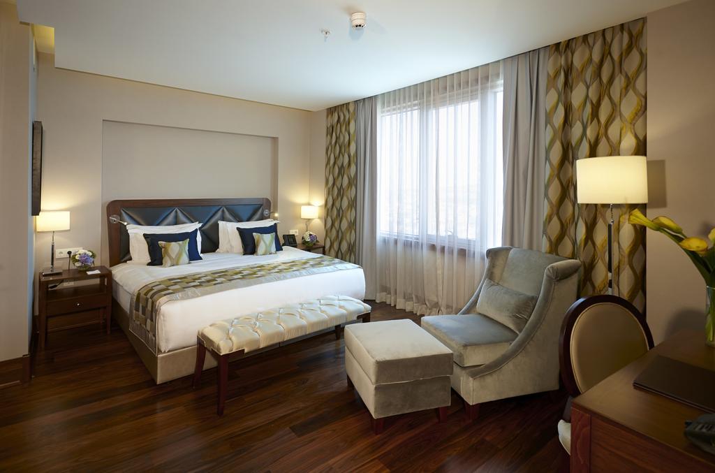 فنادق كراون بلازا اسطنبول