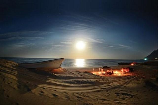 شاطئ السيفه في مسقط