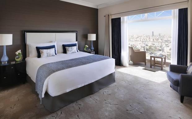 فندق فور سيزونز عمان