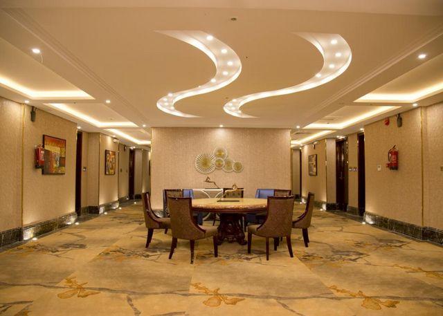 فندق هوليداي الخليج الرياض بالسعودية