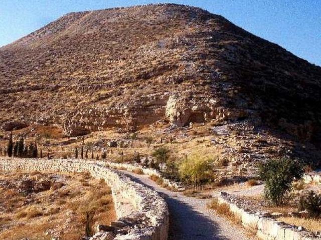 جبل نيبو مادبا الاردن