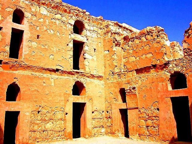 قصر الحرانة في عمان الاردن