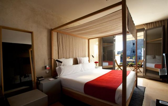 فنادق في اسبانيا