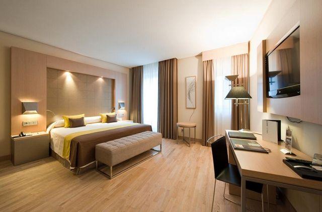 فنادق في مدن اسبانيا
