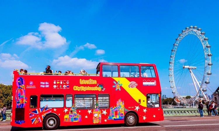 الباص السياحي لندن