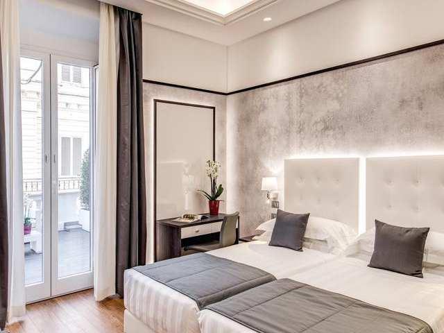 فنادق روما وسط البلد تصنيف 4 نجوم