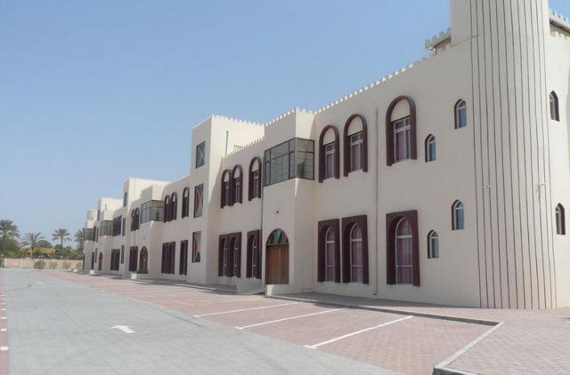 موقع فندق المندوس صحار
