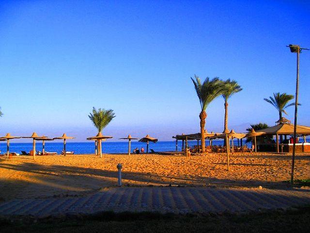 اجمل الشواطئ في العقبة