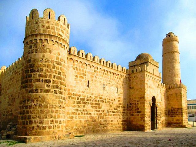 المواقع الأثرية بتونس