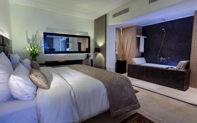 فندق بيزنس من فنادق تونس العاصمة أربع نجوم المُميّزة.