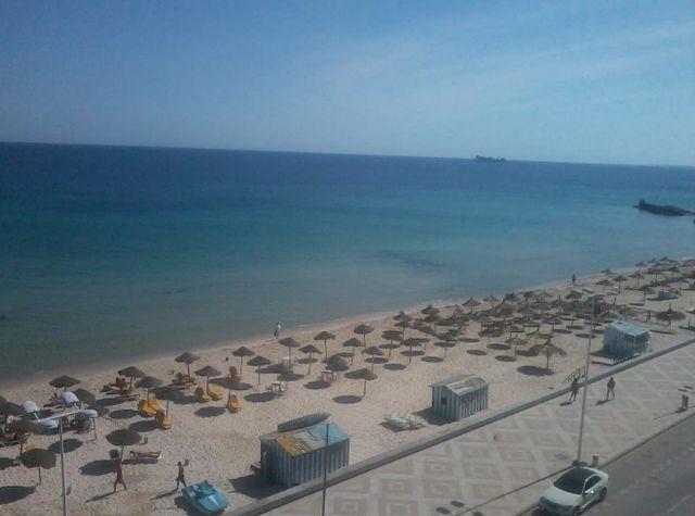 شاطئ بوجعفر سوسة