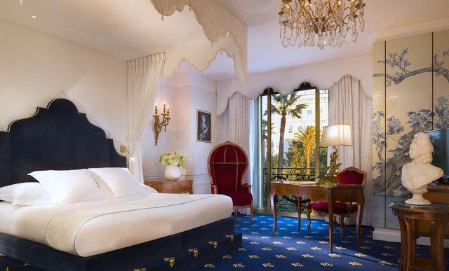 فنادق في فرنسا
