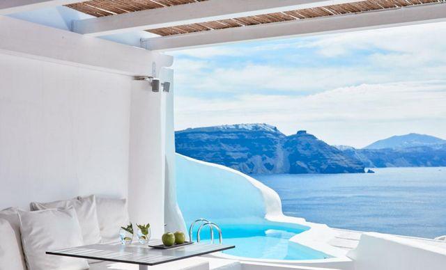 افضل الفنادق في اليونان سانتوريني