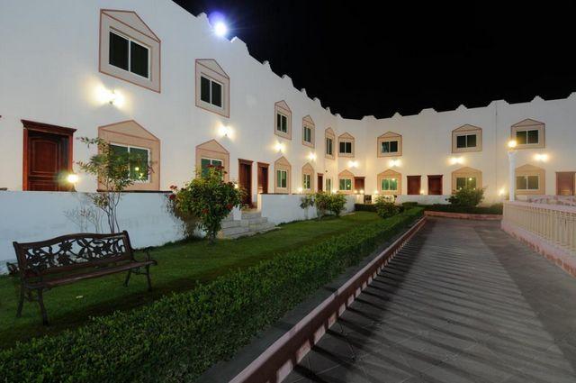 فندق الواحة الخضراء صحار بسلطنة عمان