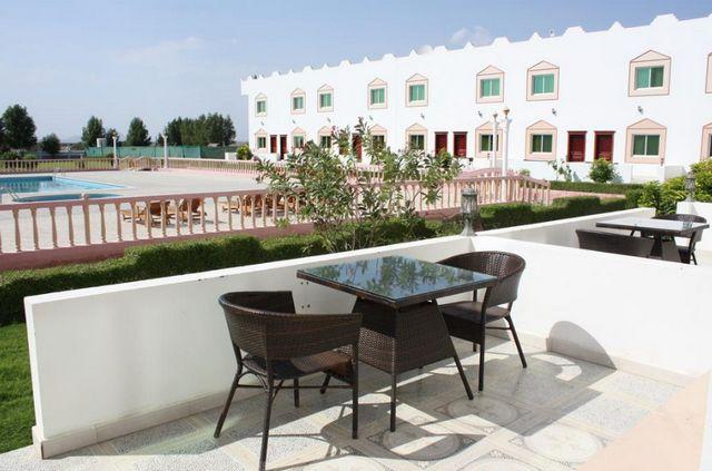 اسعار فندق الواحة الخضراء صحار