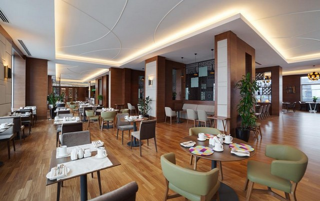 فندق هوليدي ان في باكو
