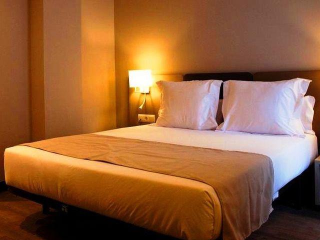 افضل فنادق برشلونه شارع الرامبلا