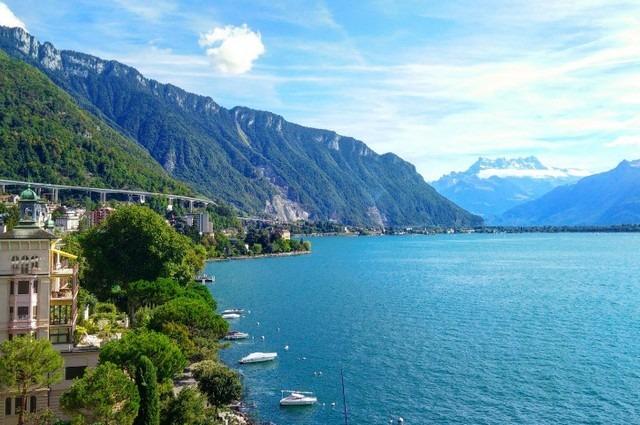 السياحة في مونترو سويسرا