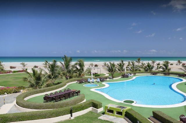 فنادق جزيرة مصيرة