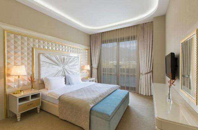 تتميز الغرف في فروع فندق قفقاز قابالا بإطلالات ساحرة