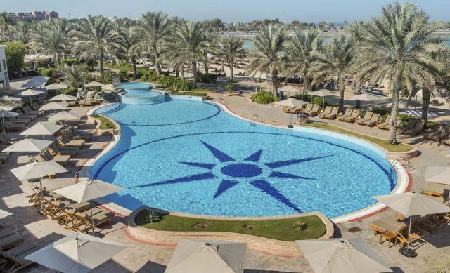 فندق راديسون بلو كورنيش ابوظبي الامارات