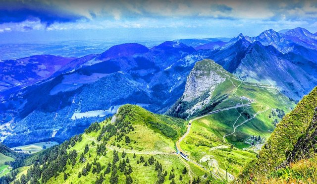 السياحة في مونترو بسويسرا