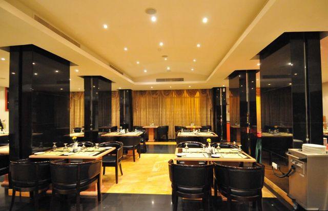 فندق السفير مسقط في عمان