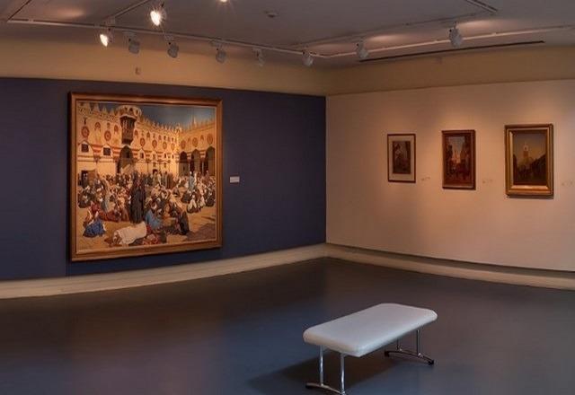 متحف بالشارقة للفنون