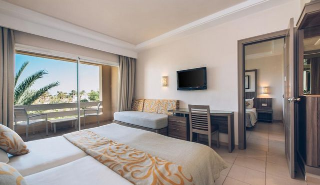 الفنادق في تونس