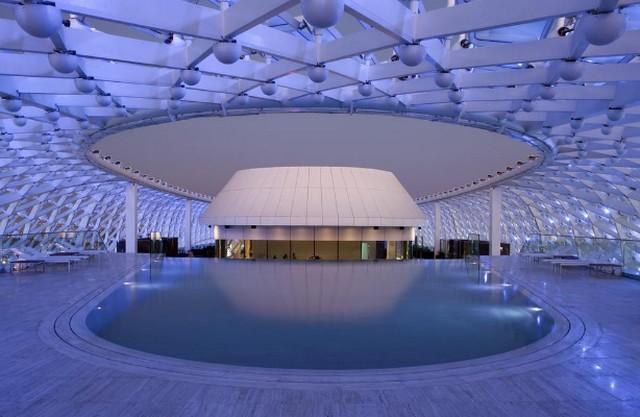 فندق ياس ابوظبي في الإمارات