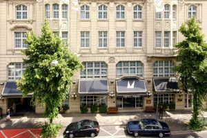 فندق ليوناردو دوسلدروف