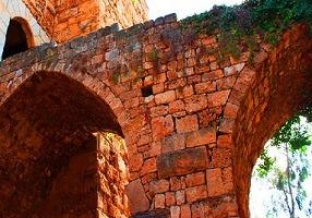 قلعة جبيل من اماكن الجبيل السياحية