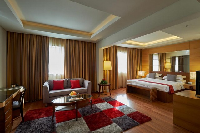 فندق كورال بيتش بيروت لبنان