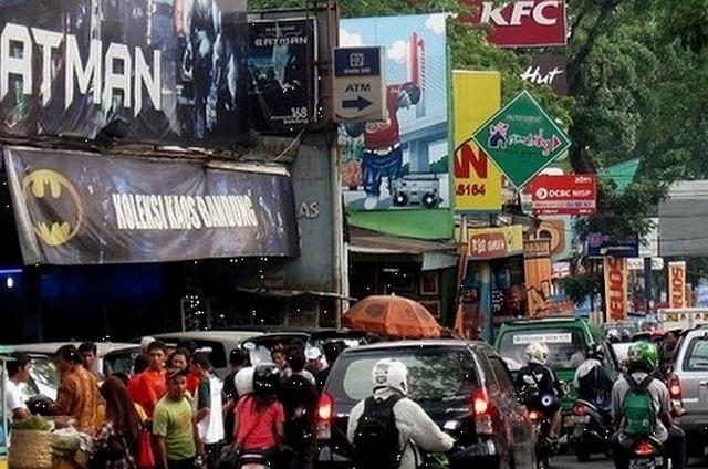 سوق الجينز باندونق