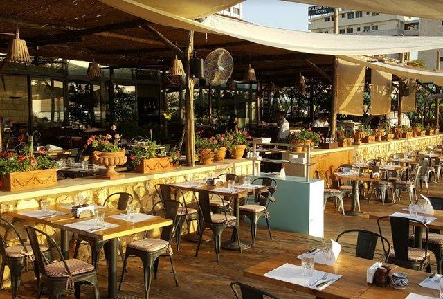 مطاعم لبنان جونيه