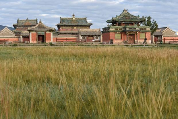 السياحة بمنغوليا