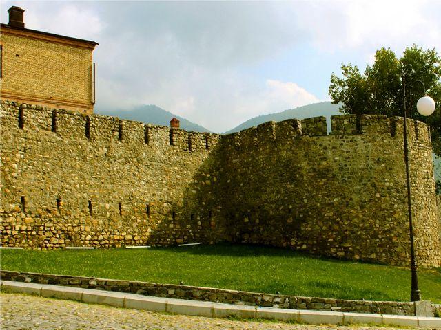 اذربيجان شيكي