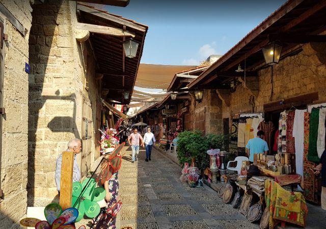 سوق جبيل لبنان