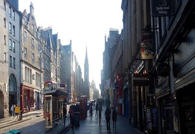 اهم الاماكن السياحية مدينة ادنبرة