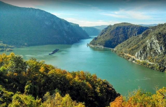 اين تقع صربيا