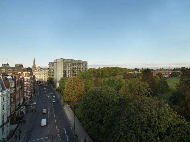 فندق رويال جاردن في لندن