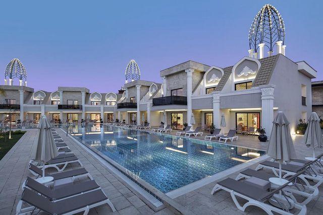 فندق جرانادا بيليك انطاليا