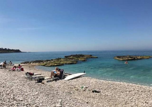 شواطئ بيروت