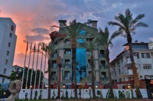 موقع فندق لارا بارك انطاليا